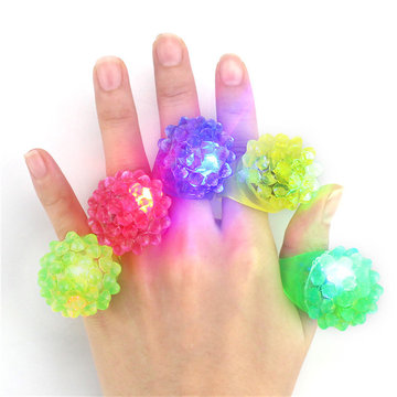 5PCS LED Knipperend Elastisch Rubber Knipperend Aardbei Vinger Ring Decoratie Speelgoed